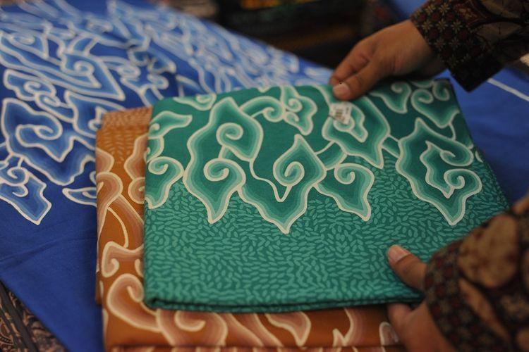 Batik Megamendung